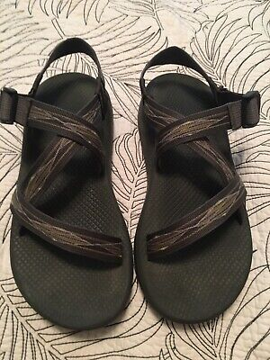 93e2011ff336 MENS CHACOS SANDALS Size 10 -  20.50