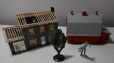 Vintage HO Scale train platform Red Barn milk house & construction house tree