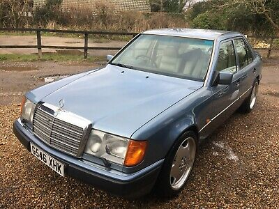 1989 Mercedes 300 24 E Saloon Auto In Blue Genuine 77,000 Miles Amg Extras