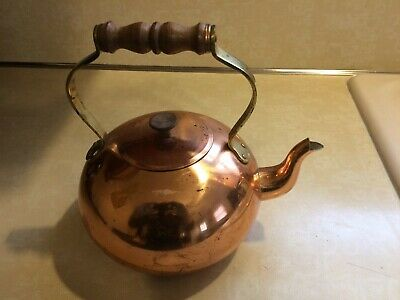 Vintage Tagus Copper Teapot Tea Kettle With Wood  Handles-Made In Portugal R55