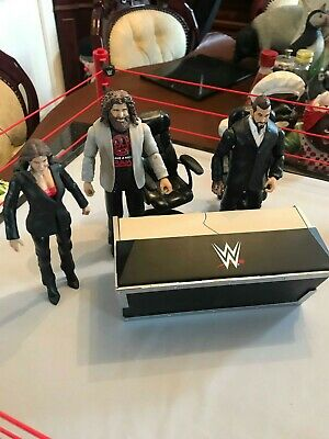 WWE Mattel Wrestling Breakable Announce Table with chairs and figures