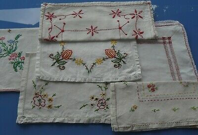 Lot De 6 Napperons Anciens Blanc Brodees Main Motif Fleurs, Rectangle