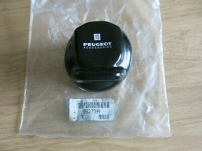 Genuine Peugeot Accessories Tow Bar Wiring Socket Cover 96271H