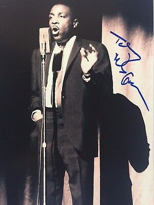 DICK GREGORY Signed Autographed 8x10  PHOTO COA Civil Rights Activist COMEDIAN C