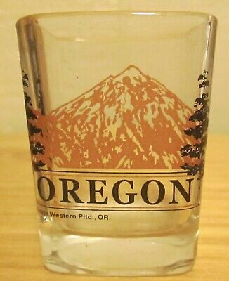 Pre-Owned Oregon Mountain Clear Square Shot Glass