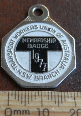 1 x 1977 NSW TRANSPORT WORKERS UNION MEMBERSHIP BADGE No 3638