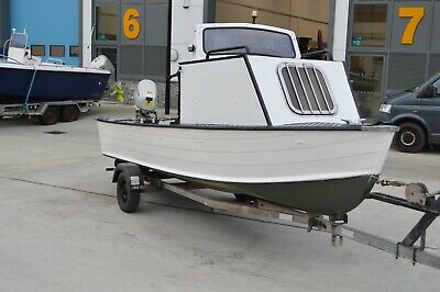 17 FT Day / Fishing Boat