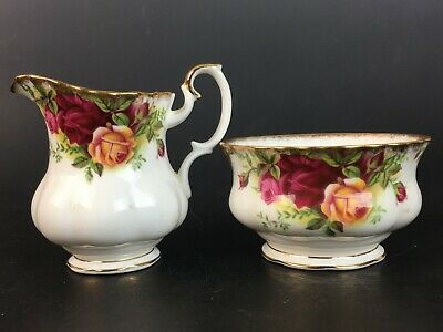 Vintage Royal Albert Bone China Old Country Roses Creamer Sugar Pot Excellent