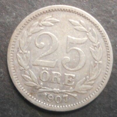 Sweden  1907 25  Ore Silver Coin Better detail & grade