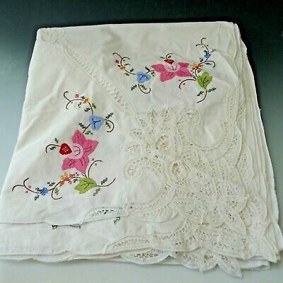 LARGE Vintage hand embroidered cutwork tablecloth hand made lace 8.5 x 5.5 feet