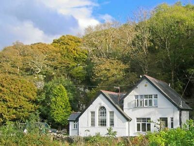 OFFER 2019: Holiday Cottage, Snowdonia, Sleeps 10 - Mon 12th AUG for 4 nights..