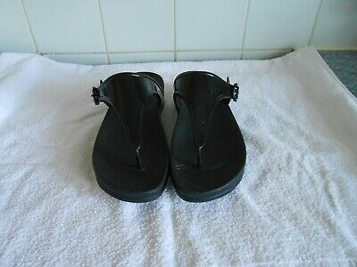 7446320a7c16 FitFlop Super Jelly Rubber Wobbleboard Thong Sandals Womens UK 6 Black 403 -090
