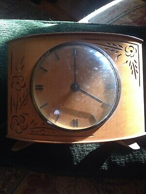 Pretty Smiths Wooden Elec Clock Not Sure If It Works spares/repairs