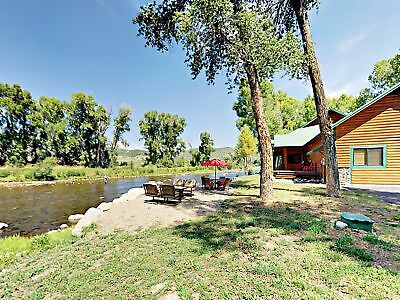 6 Nights: 43605 Elk River Road Home Home by RedAwning ~ RA215004