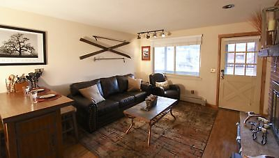 4 Nights: Hi Country Haus - 13-15 Condo by RedAwning ~ RA217041
