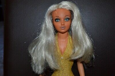 Vintage 1970's Ideal Tiffany Taylor Doll, Blonde/Brunette Rotating Hair, Gold SS