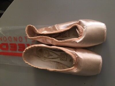 Pointe Ballet Dance Shoes - Freed of London Classic DV - New In Bag Size 3.5XX