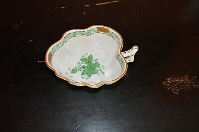 """HEREND HUNGARY PORCELAIN """"CHINESE BOUQUET"""" LEAF DISH, GREEN w/ 24k GOLD TRIM"""