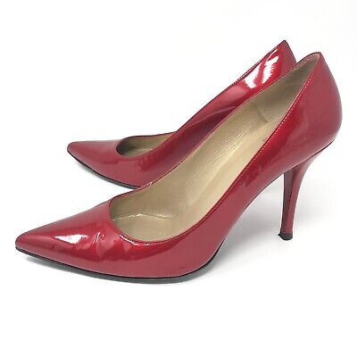 e65dd764c43 STUART WEITZMAN WOMENS Candy Apple Red Patent Leather Pointy Toe ...