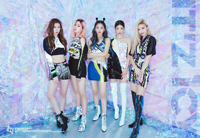 ITZY [IT'Z ICY] Album CD+POSTER+Photo Book+1st Page+2p Card+GIFT K-POP SEALED