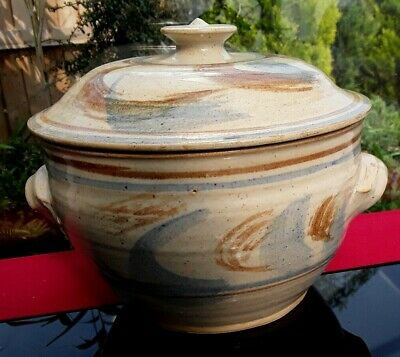 Rustic Art Pottery Lidded Casserole Cooking Pot Roasting Pulled Pork Party