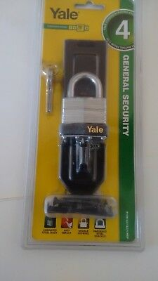 1 x  LAMINATED YALE 40 MM PADLOCK AND  HINGED HASP - FREE POSTAGE