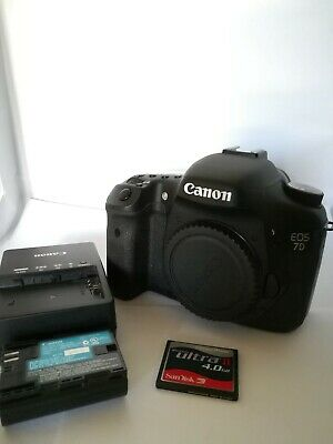 Barely Used Canon EOS 7D 18MP Digital SLR Camera Body - Shutter count only 4040