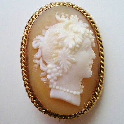 Fine Antique Victorian 9ct Gold Shell Cameo Brooch Depicting a Bacchante c1900