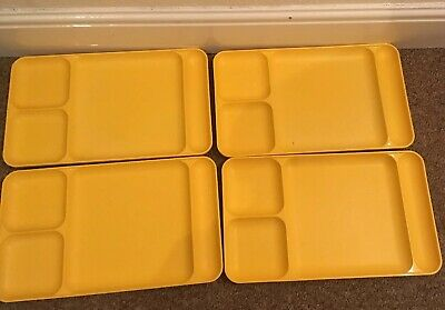 VINTAGE TUPPERWARE Compartment Plates  X 4 Model No 1535-4