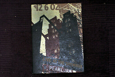 PEARL JAM Live At The Showbox DVD RARE (CHARITY LISTING) L@@K! Free UK postage!