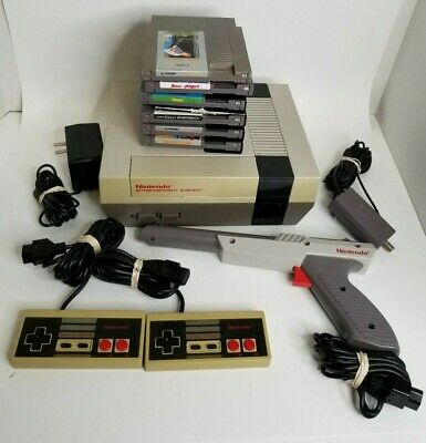 Nintendo Entertainment System NES Classic Edition and Accessories NES-001 Lot