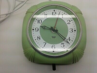 Rare Smiths Sectric Art Deco Green Bakelite Electric Wall Kitchen Clock