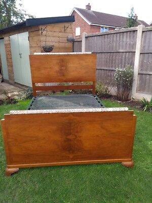 Vono Vintage Walnut double bed frame