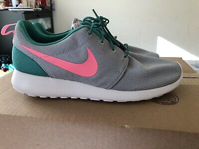 more photos 6aa4c 3613a New Mens Nike Roshe One Mens Running Shoes Size 12.5 Grey Green Pink 511881 -036