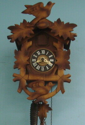 VTG Black Forest Germany Wooden Cuckoo Clock 1 Day Blue White Bird Pine Cone
