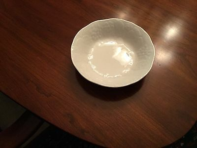 Wedgwood China STRAWBERRY AND VINE salad cereal bowl EXCELLENT approx 6.5 in