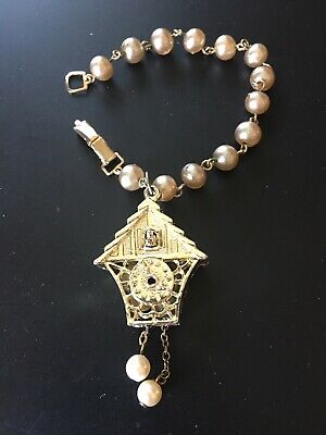 Vintage Unique Gold Tone Faux Pearl Cuckoo clock Animal Bird Bracelet