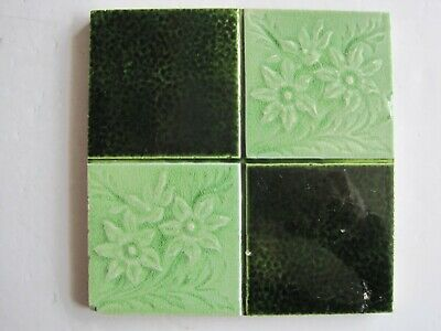 Antique Moulded Majolica Glazed Art Nouveau Quartered Green Floral Tile Boote?