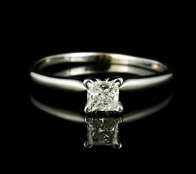 ZALES PRINCESS NATURAL .46ct DIAMOND 14K WHITE GOLD SOLITAIRE ENGAGEMENT RING