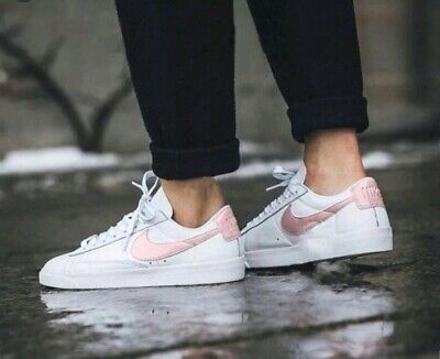 super popular 9f555 03c5c NIKE WOMEN'S BLAZER Low LE Athletic Snickers Running Training Shoes Size US  11