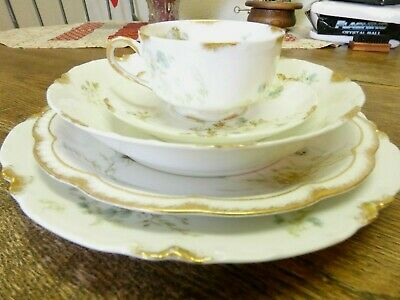 5 piece Place Setting H & C Haviland Limoge France China Gold Trim Teal Flowers