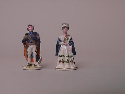 Dolls House 1/12 Hand Painted Phoenix Metal Statues of Victoria and Albert