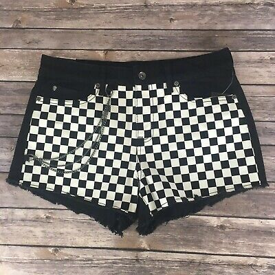 610ba67403b694 Hot Topic Blackheart Black And Checkered Chain Shorts Size 9 High Rise Black