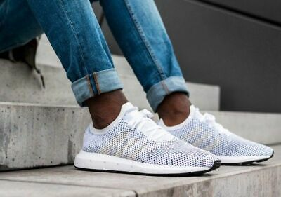 huge discount 2ab75 06005 ADIDAS SWIFT RUN PRIMEKNIT SOCK WHITE MULTICOLOR MENS TRAINERS Size UK 10