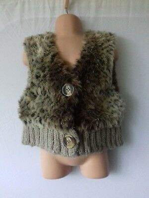 NEXT Girls age 5 Years Faux fur leopard print gilet, worn once.  116 cm