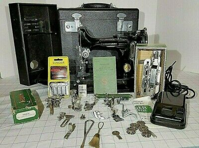 Singer Featherweight 221 Sewing Machine 1937 With Case, Attachements