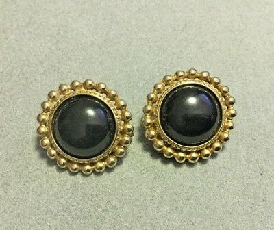 2f60646d9e0 Beautiful Vintage Paolo Gucci Black Cabochon Gold Tone Clip On Earrings!