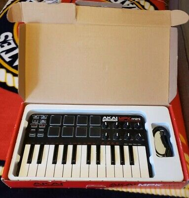 Akai Professional USB MIDI Keyboard Controller 8 pads MPK mini MK 2 in BOX