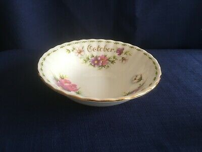 "Royal Albert Flowers Of The Month October Cosmos 5 1/4""  fruit bowl ( second )"