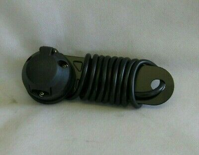 12V 7Pin Plastic Towing Socket, Wired c/w Mounting Plate